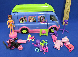 polly pocket disco rock n roll van doll accessories 5 outfits hangers stand ebay. Black Bedroom Furniture Sets. Home Design Ideas