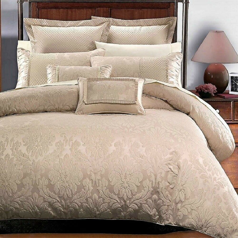 Elegant Jacquard Floral Duvet Shams Pillows 7 pcs Cal King Queen Set New
