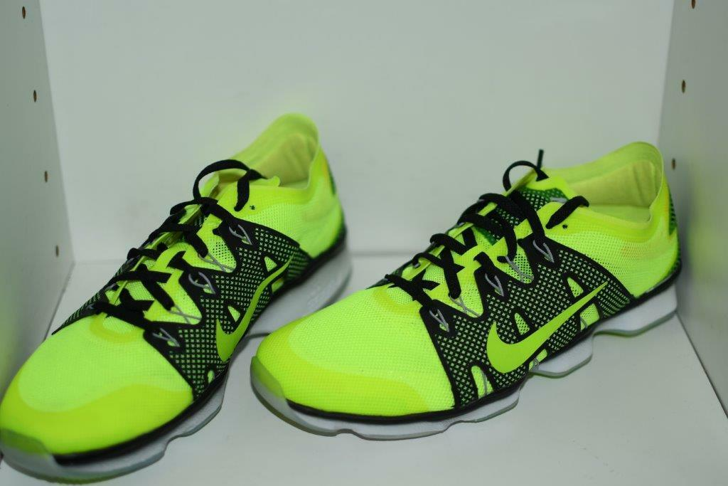 NIKE NIKE NIKE ZOOM FIT AGILITY 2 WOMEN'S TRAINING SHOES - WOMEN'S SZ  9 2d4aea