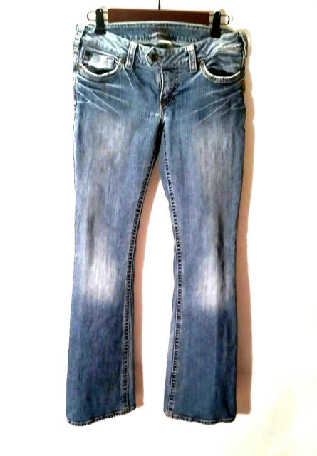Silver Women's Jeans Tuesday Boot Cut Jeans Medium Wash Distressed Size 28/33