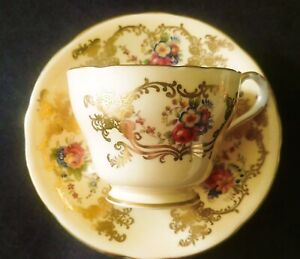 Aynsley-TEA-CUP-AND-SAUCER-GOLD-TONE-PERFECT-CONDITION