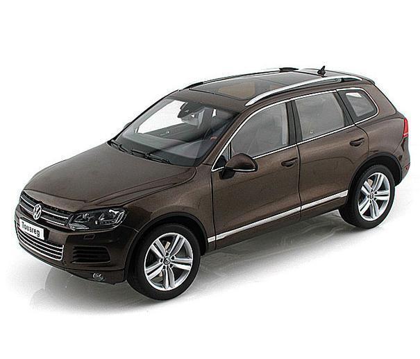 1/18 Kyosho 2010 Volkswagen Touareg TSI Graciosa marrone Diecast marrone 08822GBR