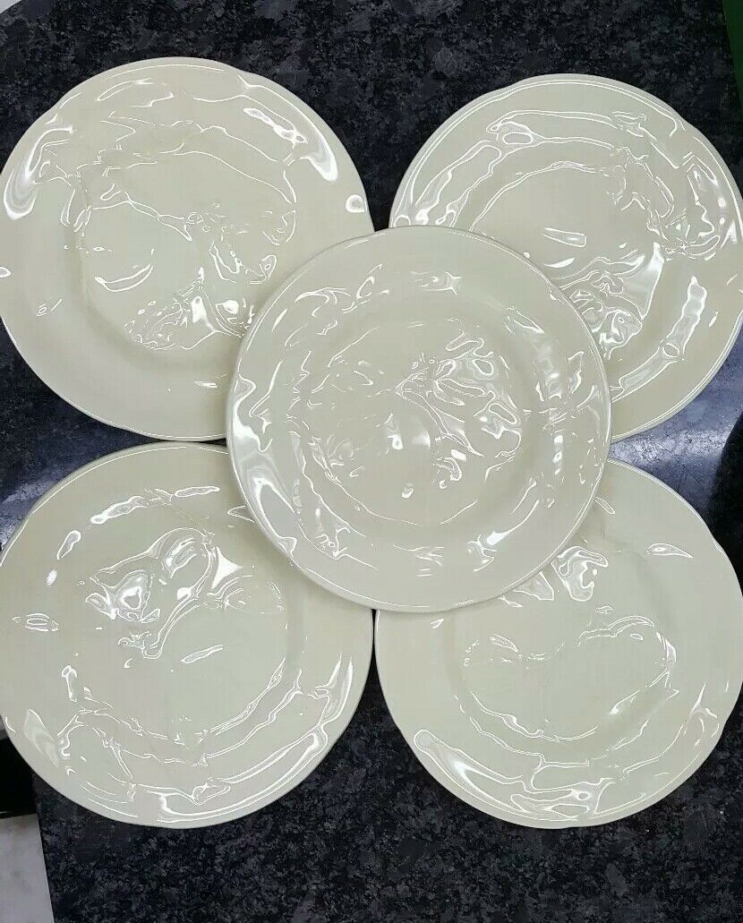Williams Sonoma Embossed Fig Leaf Patter Set of 5 Appetizer Salad Plate Yellow