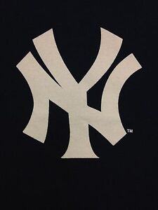 New-York-Yankees-Navy-Blue-Name-amp-Number-T-Shirt-All-Mens-Sizes-Choose-Players