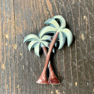 Vintage-CELLULOID-Plastic-Palm-Tree-Brooch-Pin-RARE