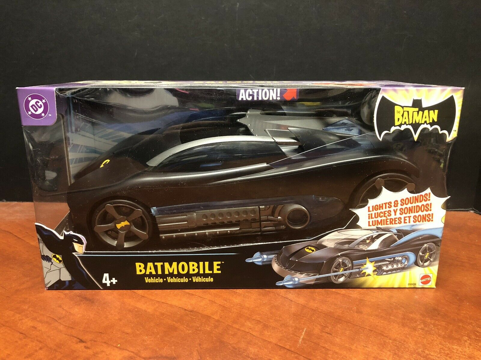 Mattel DC Batman Batmobile With Lights And Sound TAMP0123