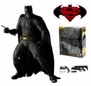 Mafex-NO-017-Batman-v-Superman-Dawn-of-Justice-Medicom-Model-Figure-KO-Toy-Gift