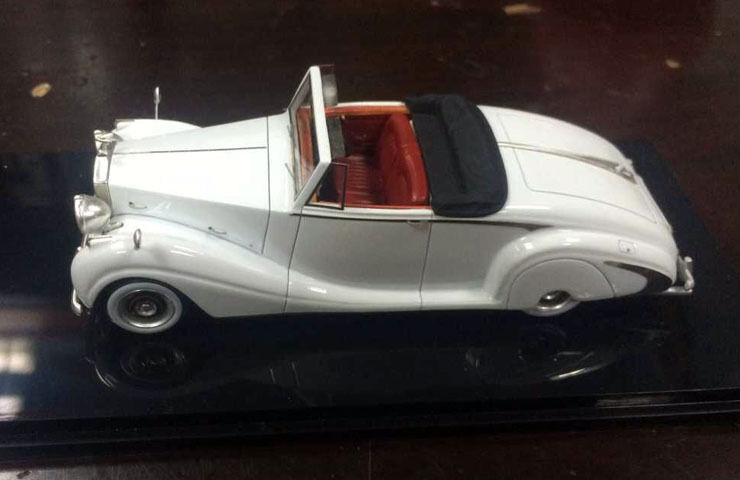 New 1 43 ROLLS-ROYCE 1950 Silver Wraith Roadster White