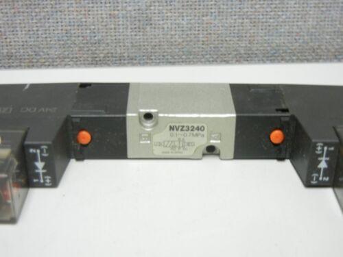 SMC NVZ3240-5DZ USED PNEUMATIC SOLENOID VALVE NVZ32405DZ