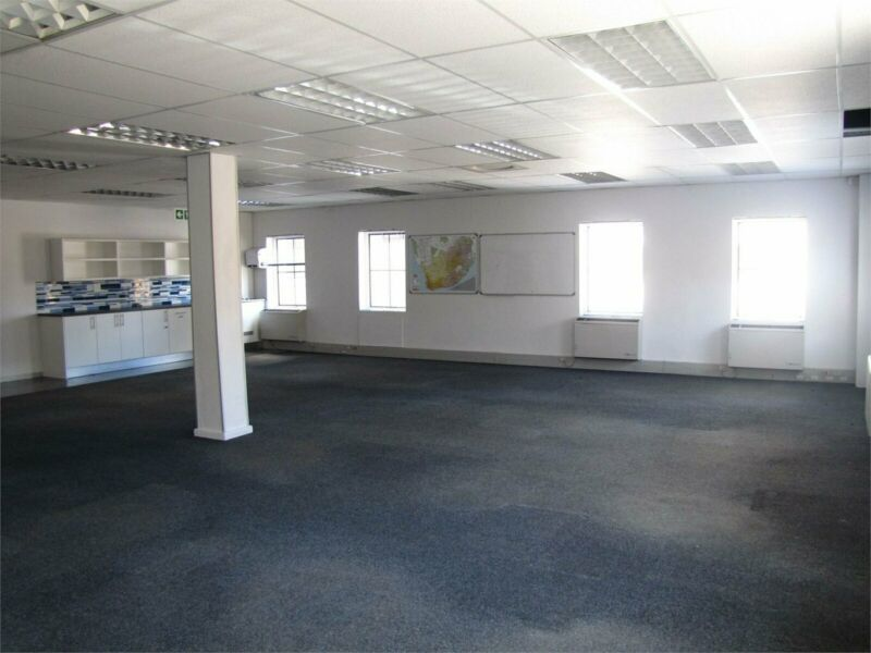 132m² Commercial To Let in Techno Park at R110.52 per m²