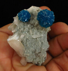 Rosette-of-Dark-blue-Cavansite-on-matrix-of-Heulandite-Wagholi-Pune-India-5886