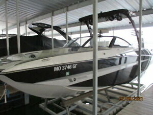 2016-MALIBU-M235-WAKEBOARD-WAKESURF-ONE-OWNER-ONLY-165HRS-COVER-OR-BEST-OFFER