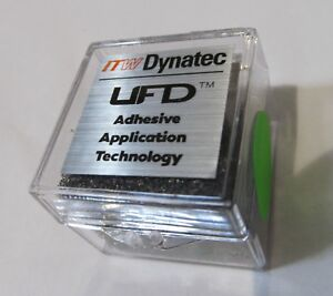 NEW-ITW-DYNATEC-INDUSTRIAL-UFD-LINE-HOT-MELT-GLUE-SPRAY-NOZZLE-117933