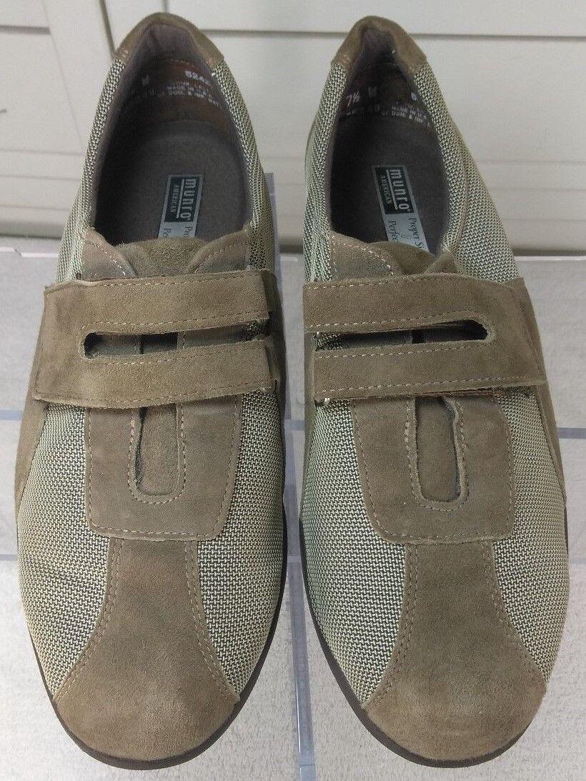 Munro Women's American  Style Brown Metallic Suede Walking shoes Size 7.5W