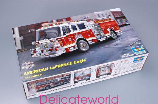 Trumpeter 02506 1 25 American LaFRANCE Eagle Fire Pumper