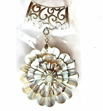 NWT WOMEN'S SILVER FILIGREE SCARF RING WITH 3D MOTHER OF PEARL FLOWER PENDANT