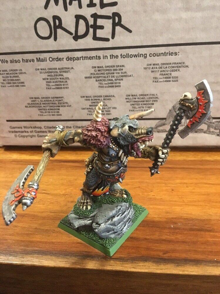 Chaos Minotaur Lord Pro Painted Metal Warhammer OOP