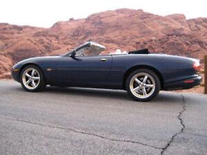 2000 Jaguar XKR -