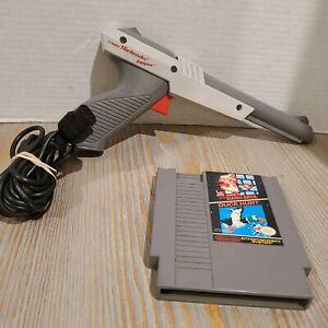 Nintendo-NES-Zapper-Light-Gun-Plus-Super-Mario-Bros-Duck-Hunt-Game-Cartridge-OEM