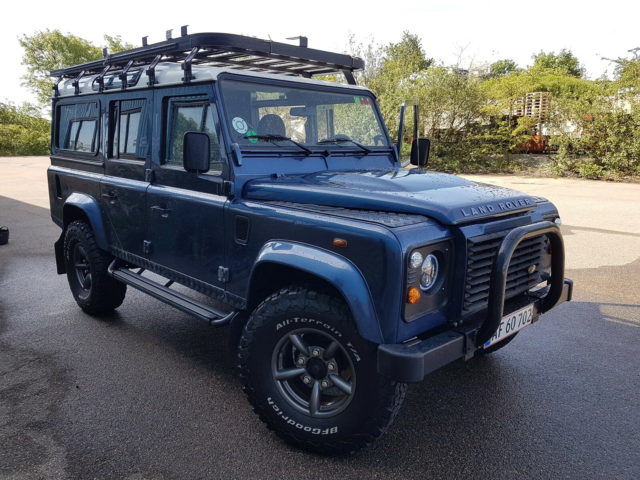 Land Rover Defender, 2,4 D 110