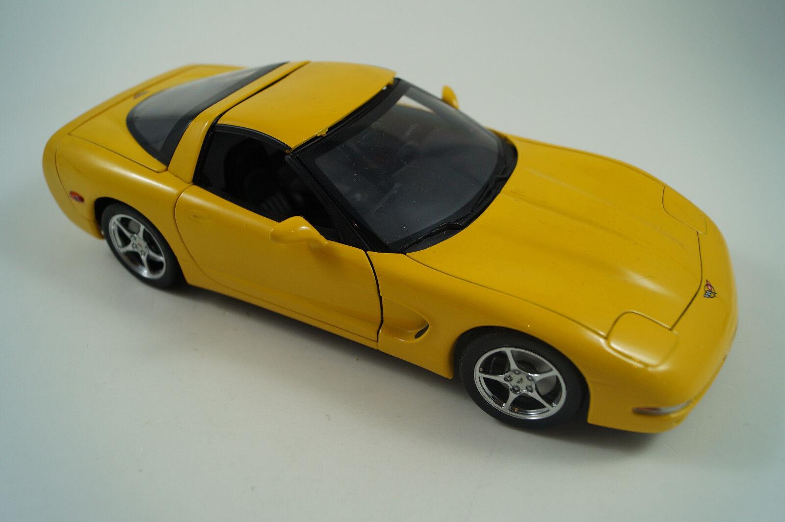 UT UT UT Modellauto 1 18 Chevrolet Corvette 03d787