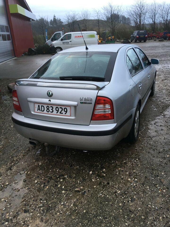 Skoda Octavia, 1,8 T RS, Benzin