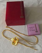 Hermoso Collar De Orquídea Enchapado en Oro 22ct risis Singapur en Caja Original