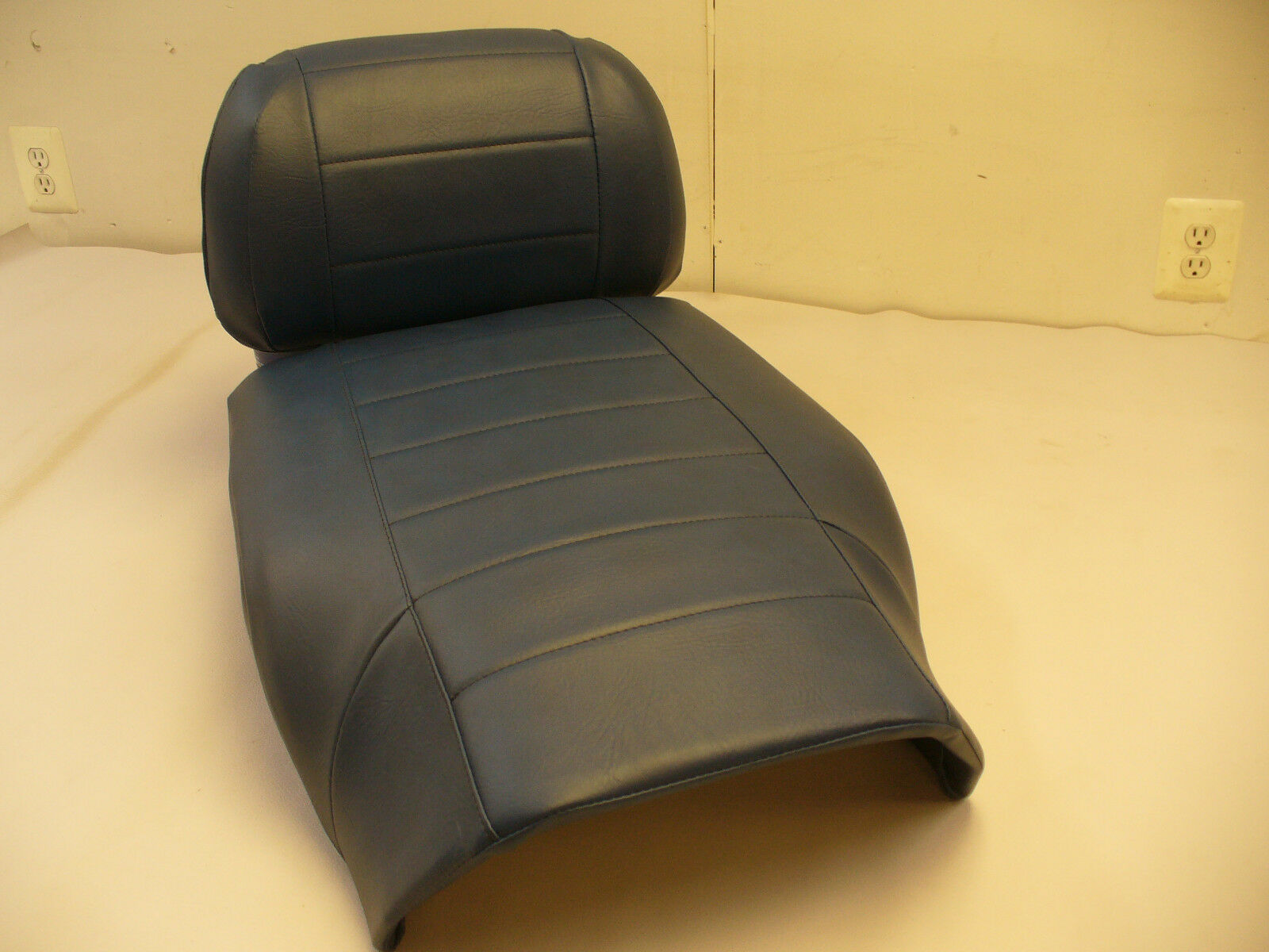 86-90 YAMAHA  INVITER blueE SNOWMOBILE SEAT COVER SET NEW