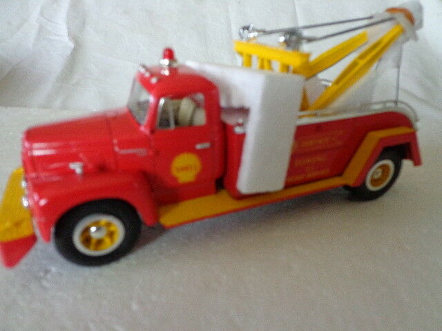50ca95a92 First Gear 1/34 1957 International R-200 Shell Service Towing Diecast Tow  Truck for sale online | eBay