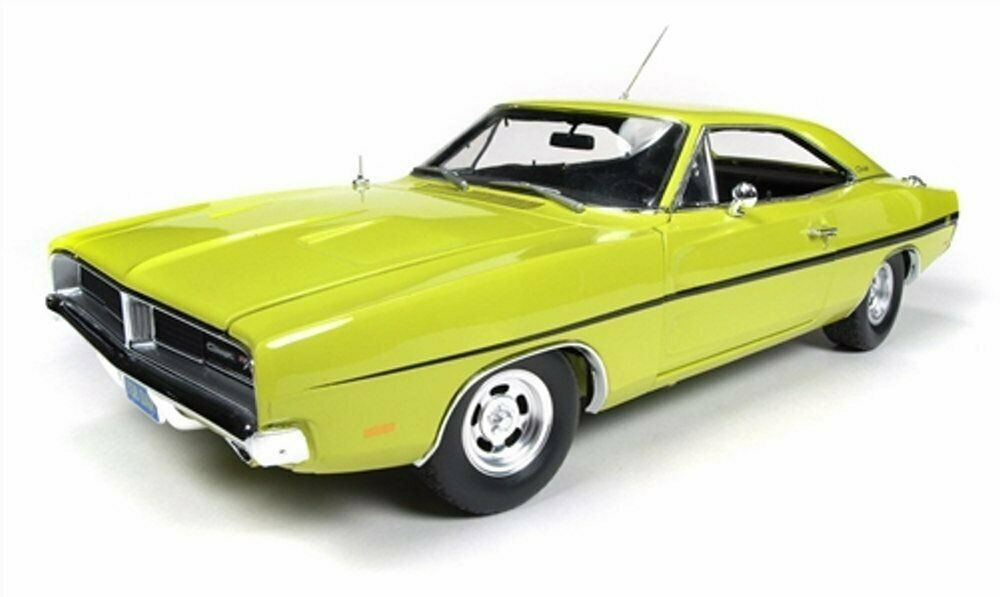 Dodge 1969 Charger R T  Dirty Mary Crazy Larry  Lime Yellow 1.18 scale Die Cast
