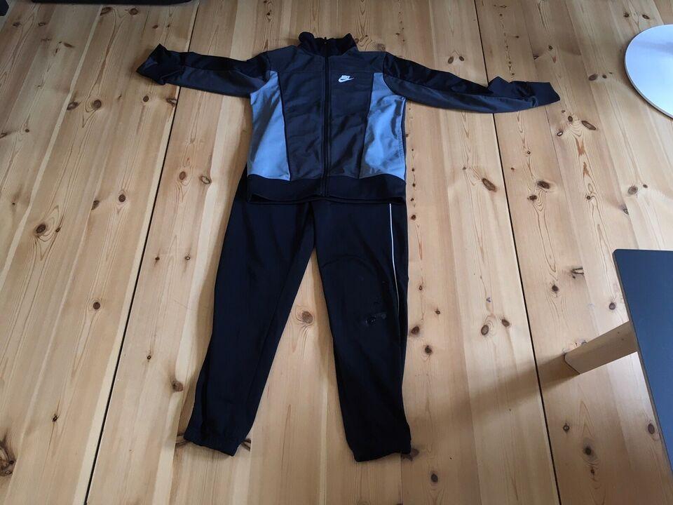 Sportstøj, Polyester og elastik, Nike