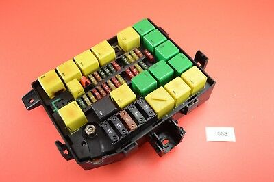 c 2 97 99 genuine land rover range rover p38 fuse box relay fuseboxc 2 97 99 genuine land rover range rover p38 fuse box relay fusebox amr6476 ebay