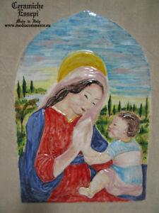Madonna-e-Bambino-Paesaggio-DELLA-ROBBIA-ceramica-decorata-a-mano-OMAGGIO