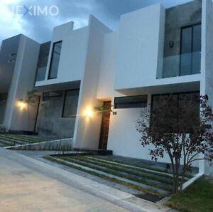 Casa en venta en Senderos de Monteverde, Tlajomulco de Zúñiga, Jalisco.