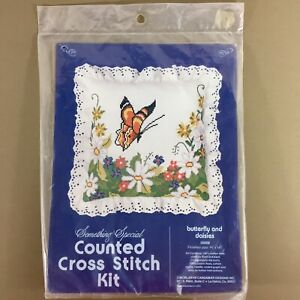 Butterfly-amp-Daisies-pillow-cross-stitch-kit-11ct-Aida-good-for-vision-impaired