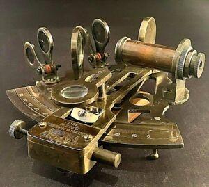 Vintage-Maritime-Brass-Nautical-Sextant-Leather-Case-Kelvin-Hughes-London-1917