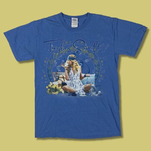 Taylor Swift Fearless Tour 2009 T Shirt Small Ligh