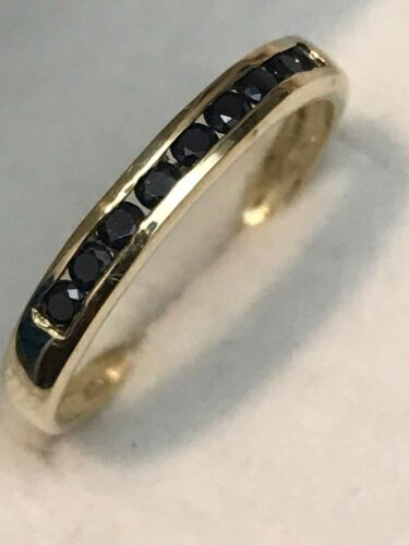 RING BOX  SIZE 6.75 10K YELLOW GOLD .55 CARAT NATURAL SAPPHIRE BAND RING