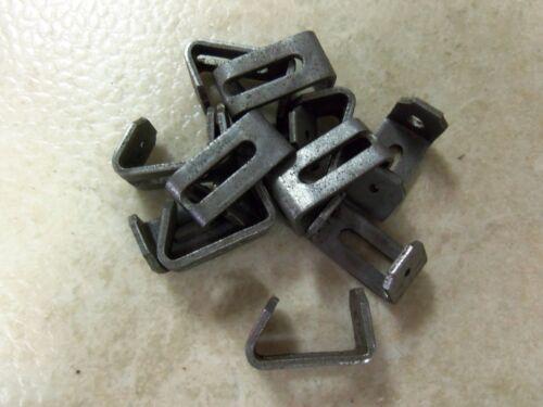 24 1//8 Berkshire Sure Locks Wolf Hog Snare Locks Traps Trapping Snares 2 Dozen