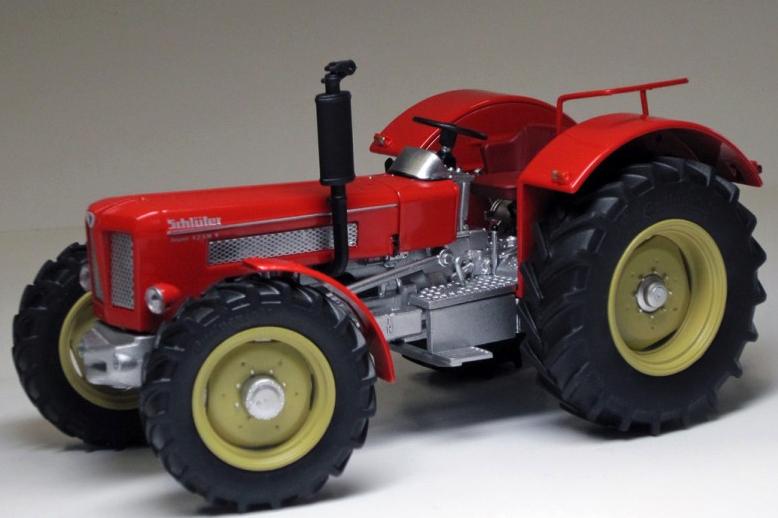 Weise-Toys 1 32 Scale  SCHLUTER SUPER 1250 V 1042  haute qualité générale