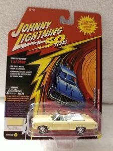 Johnny-Lightning-50th-1969-Chevy-Impala-Conv-Yellow-1-64-diecast