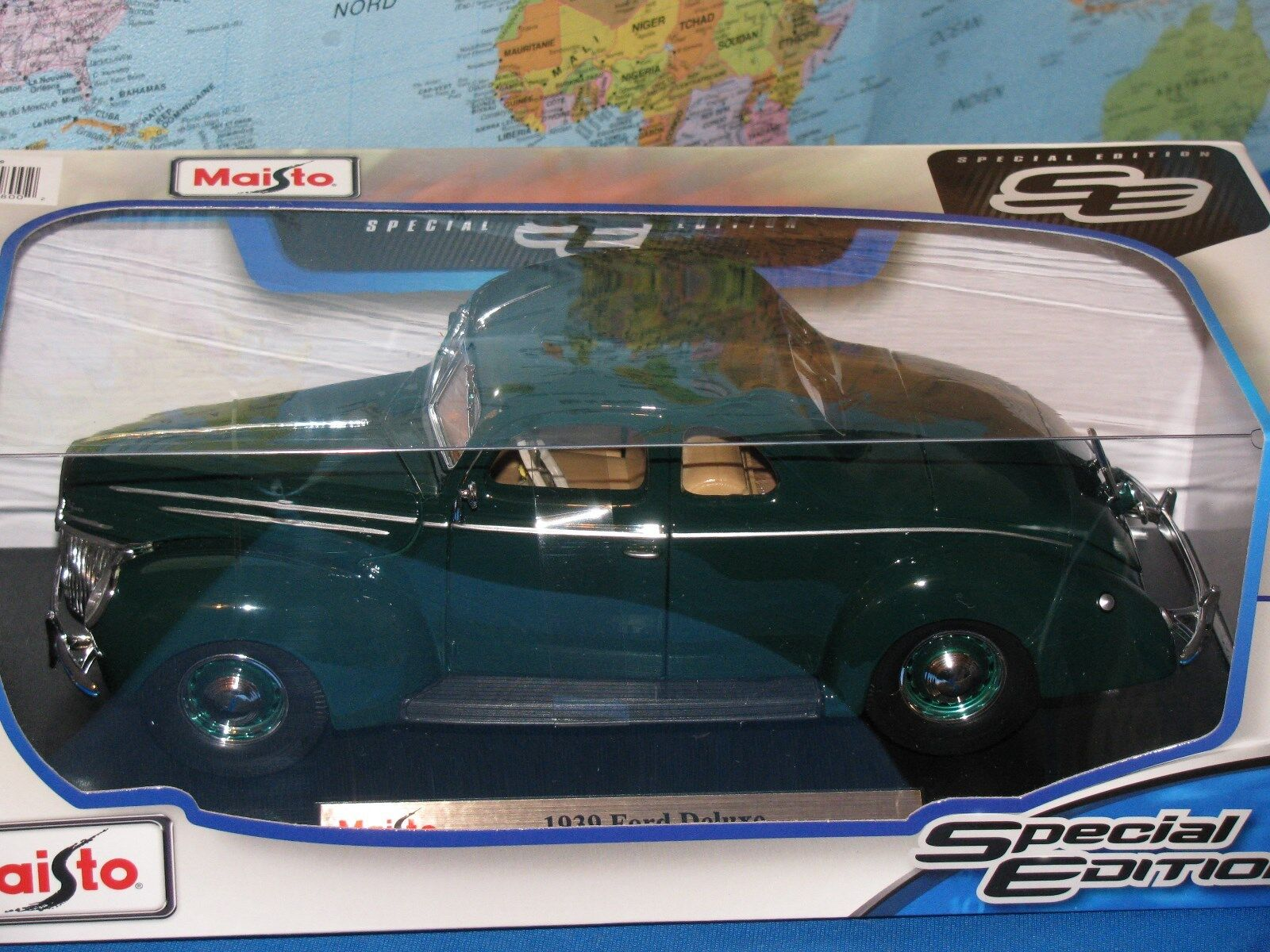 1 18 MAISTO 1939 FORD DELUXE SPECIAL EDITION DIECAST BRAND NEW & RARE