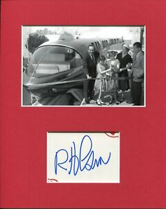 Bob-Gurr-Disneyland-Monorail-Disney-Imagineer-Signed-Autograph-Photo-Display
