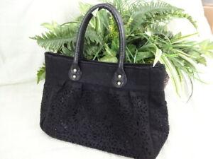 Black-Felt-Floral-Cut-Work-Handbag-Purse-Handles-Medium-Size-P015