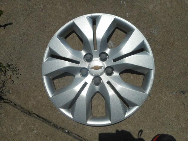 OEM Chevy Trax Hubcap Wheel Cover Hub cap 16