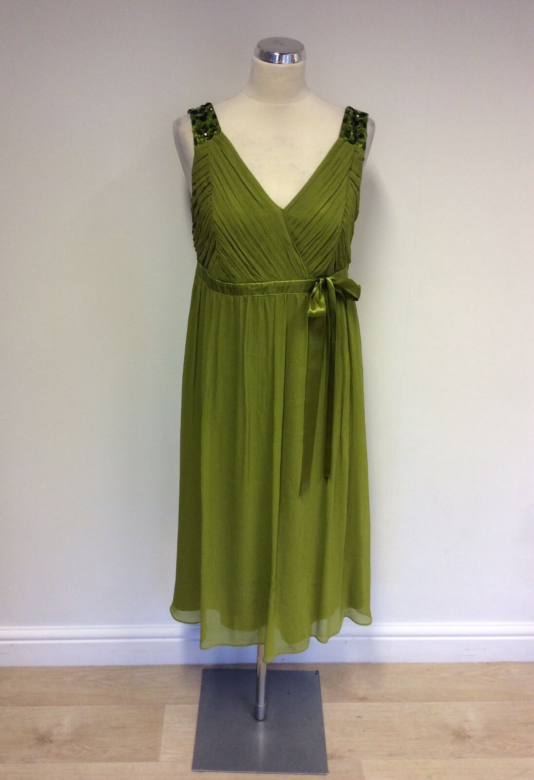 HOBBS LIME GREEN SILK SPECIAL OCCASION DRESS SIZE 12