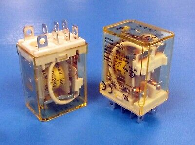IDEC RR2P-UDC24V Brand New! PLUG IN POWER RELAY DPDT 24VDC 10A