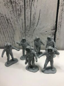 Vintage-Marx-Operation-Moon-Base-1960s-Silver-gray-Plastic-PlaySet-Figure