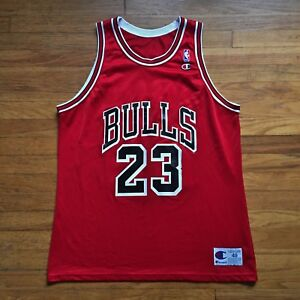 960498b53b3 Image is loading Chicago-Bulls-Vintage-Michael-Jordan-Champion -NBA-Basketball-