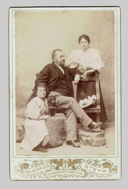 CDV Cabinet Photo Family with Dog. Steyr. (1887)